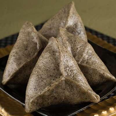 麻糬芝麻銀三角(100g/顆/4入)