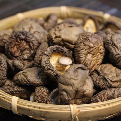 一籃子新社乾香菇-鈕扣菇+中小菇 (160g*2/組)