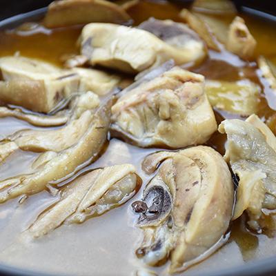 麻油雞(1130g±10g/包)